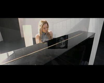 Lea Castel - Derniere chance Feat Soprano