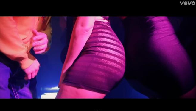 Après le morceau, 50 Cent dévoile le clip « Smoke » Featuring Trey Songz sur une prod de Dr. Dre