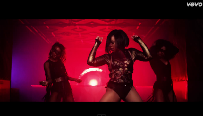 "Ashanti avec Rick Ross dans le clip ""I Got It"""