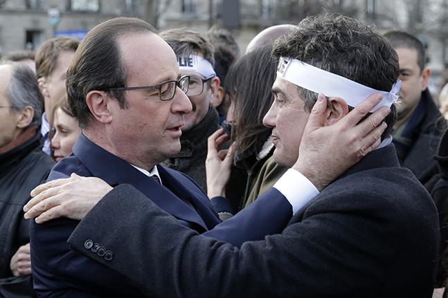 Francois Hollande et Patrick Pelloux