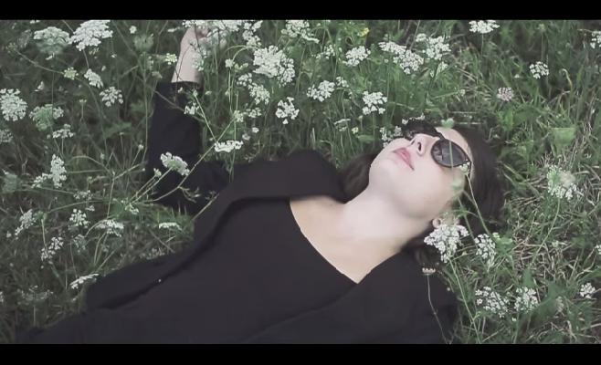 """Green Money présente son nouveau clip """"Quand je tombe"""""""