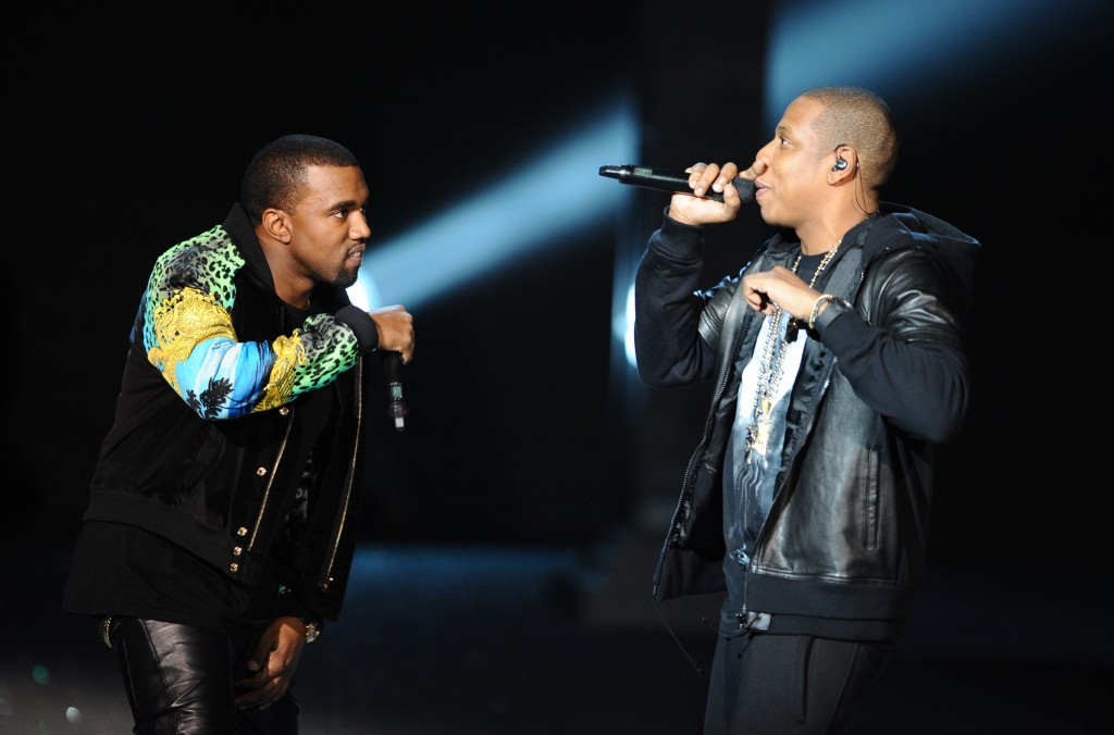Kanye-West-et-Jay-Z-un-Watch-The-Throne-2-en-perspective_reference