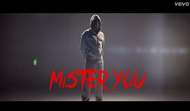 """Mister You présente la partie 2 de son clip """"Chambre 1408"""""""