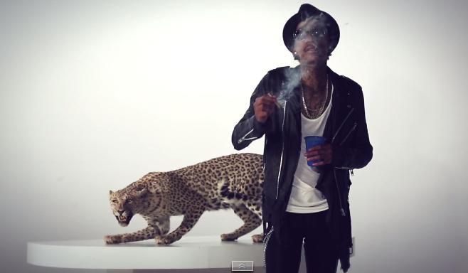 """Wiz Khalifa dévoile son nouveau clip """"Smokin Drink"""" Featuring Problem"""