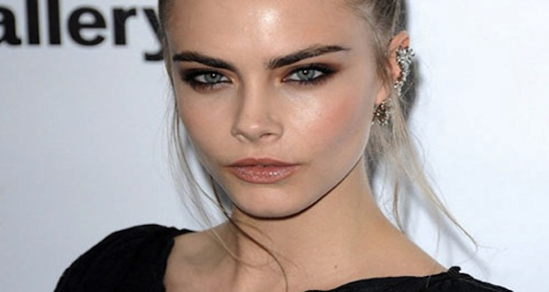 Le Top Model Cara Delevingne chez Roc Nation ?