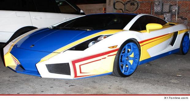 Chris Brown a un nouveau jouet : une Hot Wheels... grandeur nature !