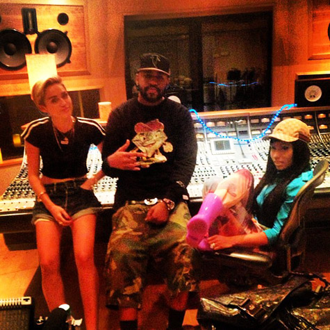 Nicki Minaj et Miley Cyrus en studio