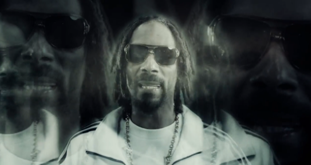 Ashtrays & Heartbreaks : le nouveau single de Snoop Lion f/ Miley Cyrus