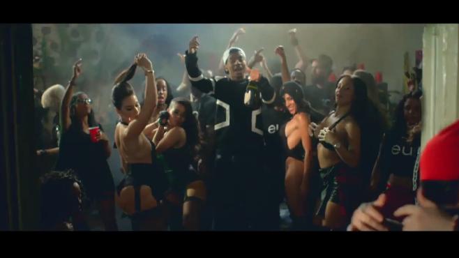 """Lil Wayne invite Birdman et sa nouvelle recrue Euro dans le clip """"We Alright"""""""