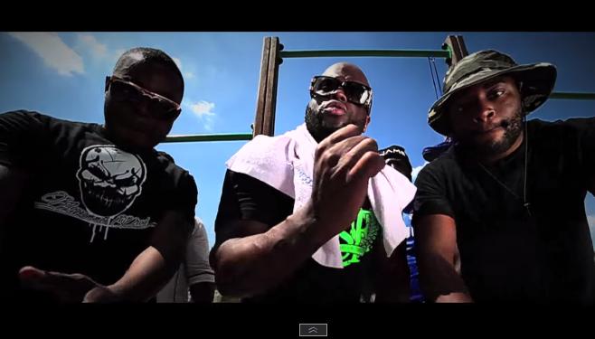 """Black Brut remixe le morceau """"SMS"""" Featuring Gradur et Kozi"""