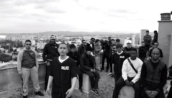 """Revolution Urbaine - La Provence """"Marseille, capitale de la Kalash russe, braquages, armes, arnaques, Dallas, putes"""""""