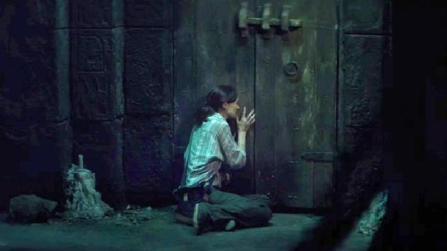 THE DOOR [4]