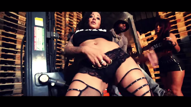 """Black Money Gang - Danny Glover Remix - """"Ton casier est vide comme après un quage-bra"""""""