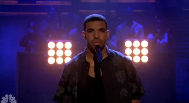 "Drake interprète ""Too Much"" titre inédit dans Late Night de Jimmy Fallon"