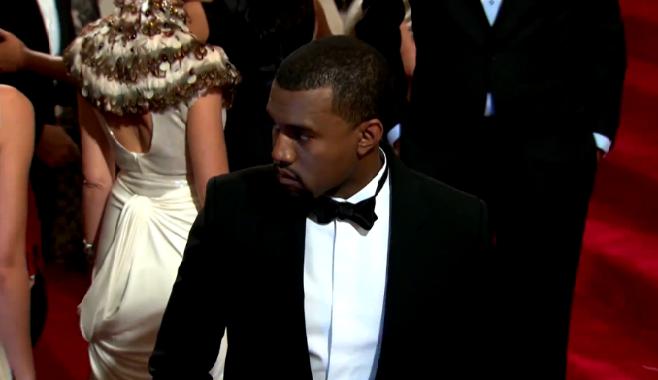 """Kanye West : """"J'ai l'impression finalement que je me francise ou que je deviens français"""""""