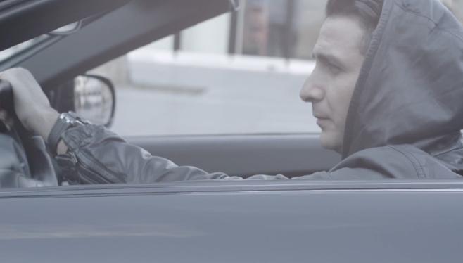 """L'Algérino balance son premier single """"Les bronzés font du biff"""""""