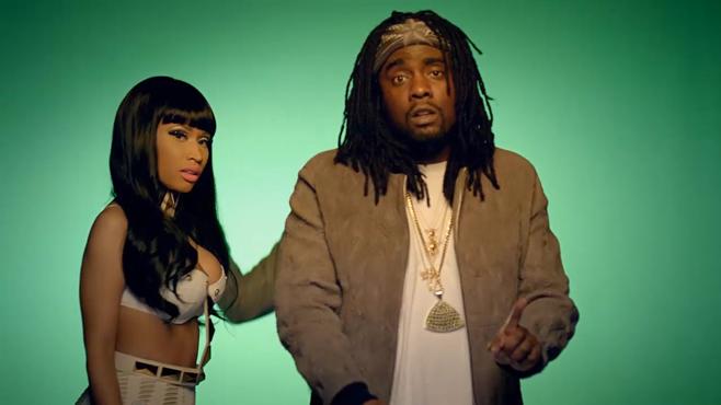 """Wale et Nicki Minaj entouré de gros fessiers pour """"Clappers"""""""